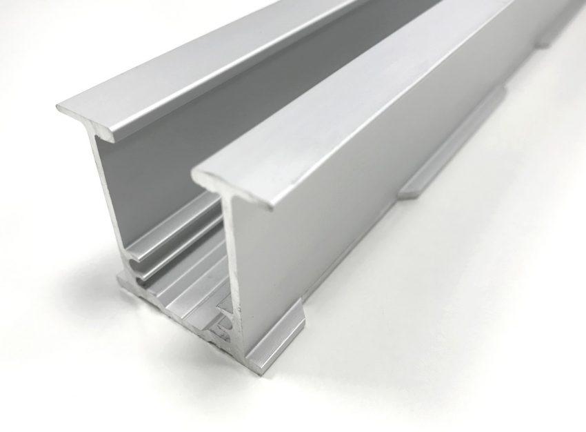 Eclisse Laufschiene aus Aluminium Herausnehmbar mit 3 Ebenenen für Komfortzubehör und Laufschuhen
